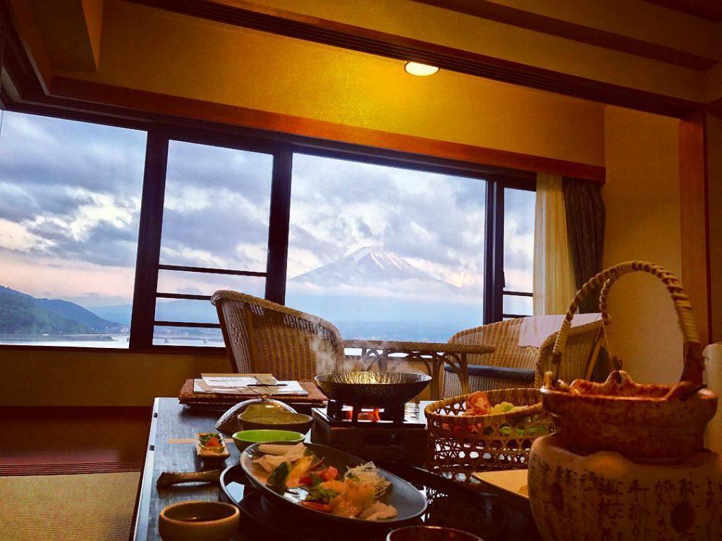 日本山梨, 富士山河口湖, 秀峰閣 湖月, 一泊二食, 露天溫泉
